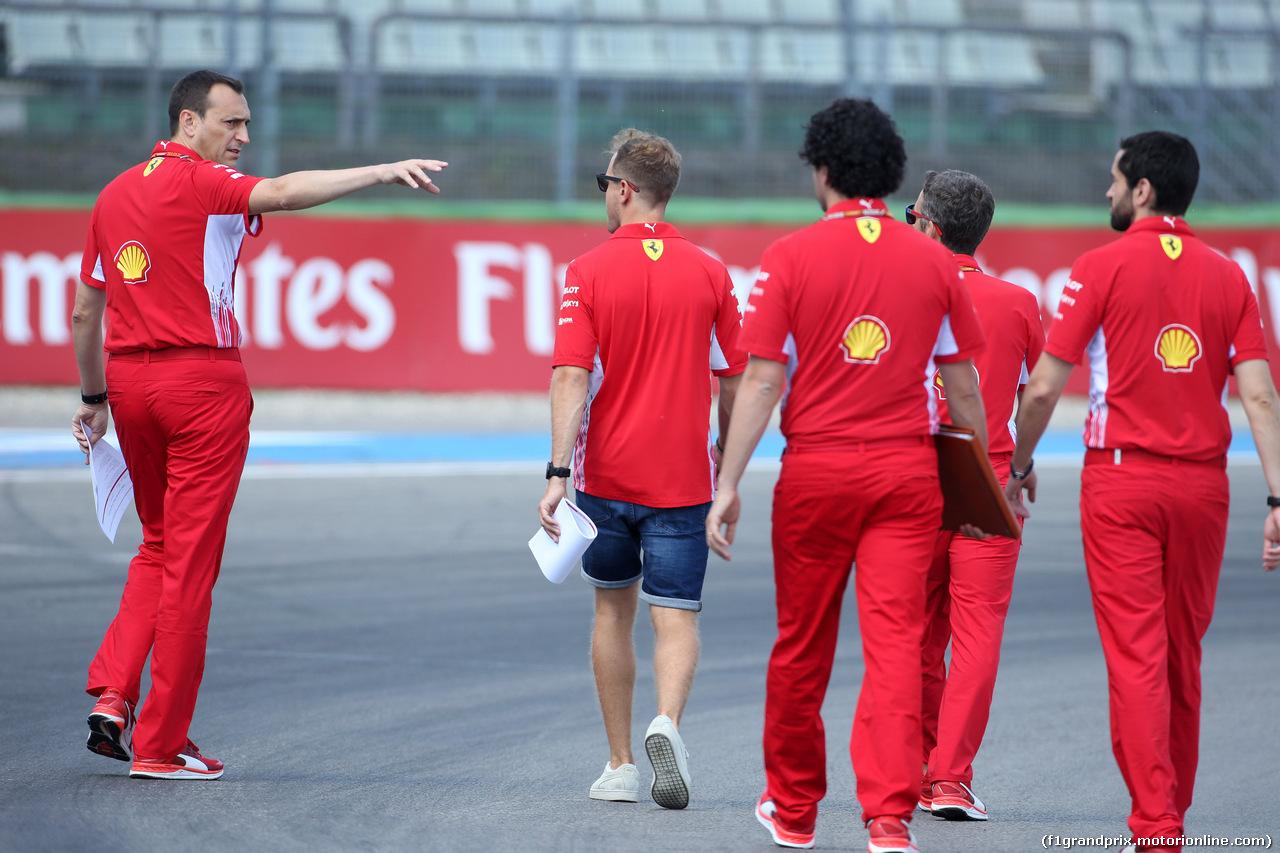 GP GERMANIA, 19.07.2018 - Riccardo Adami (ITA) Ferrari Gara Engineer e Sebastian Vettel (GER) Ferrari SF71H