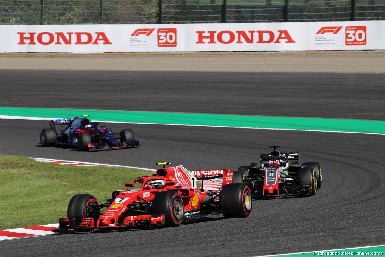 GP GIAPPONE, 07.10.2018 - Gara, Kimi Raikkonen (FIN) Ferrari SF71H davanti a Romain Grosjean (FRA) Haas F1 Team VF-18