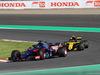 GP GIAPPONE, 07.10.2018 - Gara, Brendon Hartley (NZL) Scuderia Toro Rosso STR13 davanti a Carlos Sainz Jr (ESP) Renault Sport F1 Team RS18