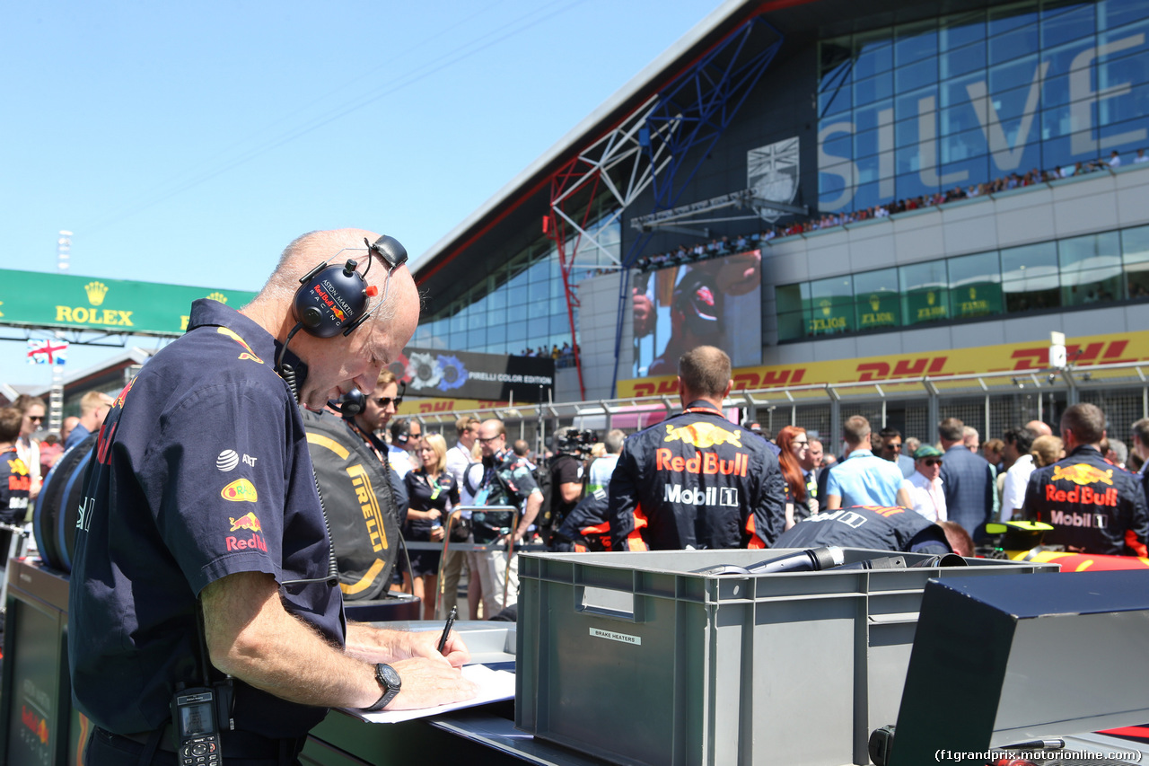 GP GRAN BRETAGNA, 08.07.2018- partenzaing grid, Adrian Newey (GBR), Red Bull Racing Technical Operations Directo