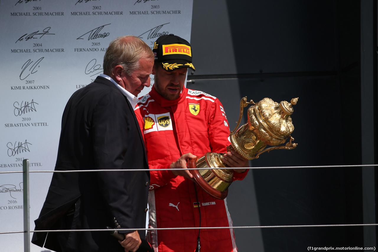 GP GRAN BRETAGNA, 08.07.2018- Podium, winner Sebastian Vettel (GER) Ferrari SF71H e Martin Brundle (GBR)
