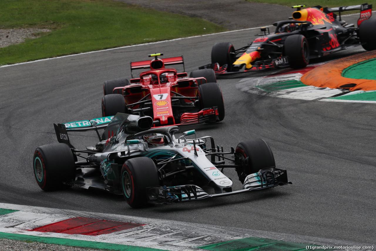 GP ITALIA, 02.09.2018 - Gara, Lewis Hamilton (GBR) Mercedes AMG F1 W09 e Kimi Raikkonen (FIN) Ferrari SF71H