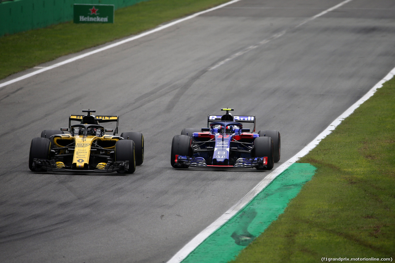 GP ITALIA, 02.09.2018 - Gara, Nico Hulkenberg (GER) Renault Sport F1 Team RS18 e Pierre Gasly (FRA) Scuderia Toro Rosso STR13