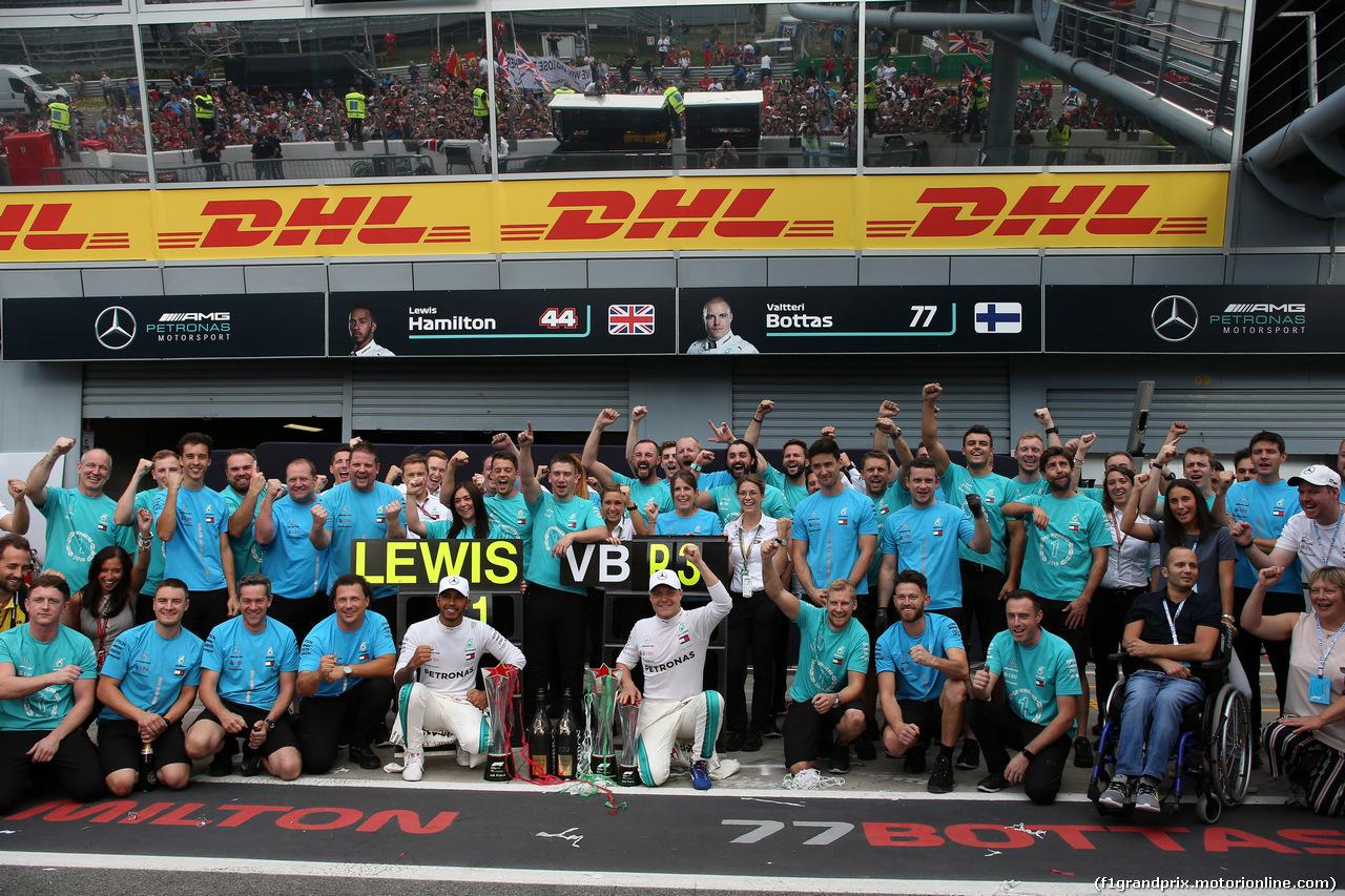 GP ITALIA, 02.09.2018 - Gara, Festeggiamenti, Lewis Hamilton (GBR) Mercedes AMG F1 W09 vincitore e Valtteri Bottas (FIN) Mercedes AMG F1 W09 3rd place