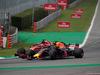 GP ITALIA, 02.09.2018 - Gara, Sebastian Vettel (GER) Ferrari SF71H e Daniel Ricciardo (AUS) Red Bull Racing RB14
