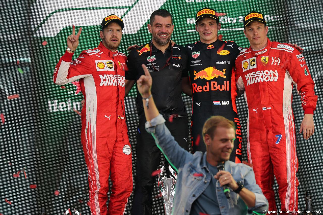 GP MESSICO, 28.10.2018 - Gara, 2à Sebastian Vettel (GER) Ferrari SF71H , Max Verstappen (NED) Red Bull Racing RB14 vincitore e 3rd place Kimi Raikkonen (FIN) Ferrari SF71H