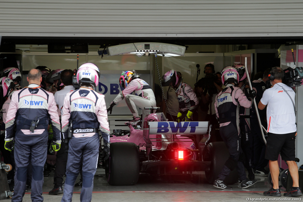 GP MESSICO, 28.10.2018 - Gara, Sergio Perez (MEX) Racing Point Force India F1 VJM11 retires from the race