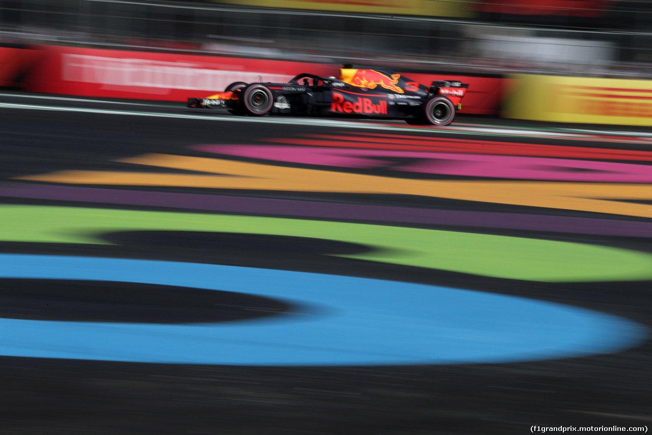 GP MESSICO, 26.10.2018 - Prove Libere 1, Daniel Ricciardo (AUS) Red Bull Racing RB14