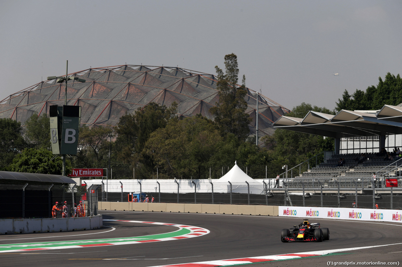 GP MESSICO, 26.10.2018 - Prove Libere 1, Daniel Ricciardo (AUS) Red Bull Racing RB14