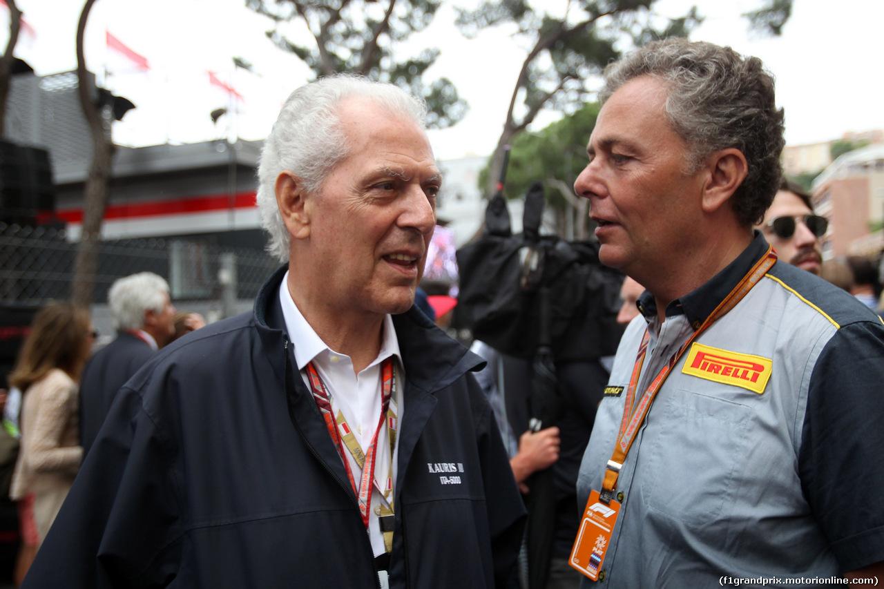 GP MONACO, 27.05.2018 - Gara, Marco Tronchetti Provera (ITA), Pirelli's President e Mario Isola (ITA), Pirelli Racing Manager