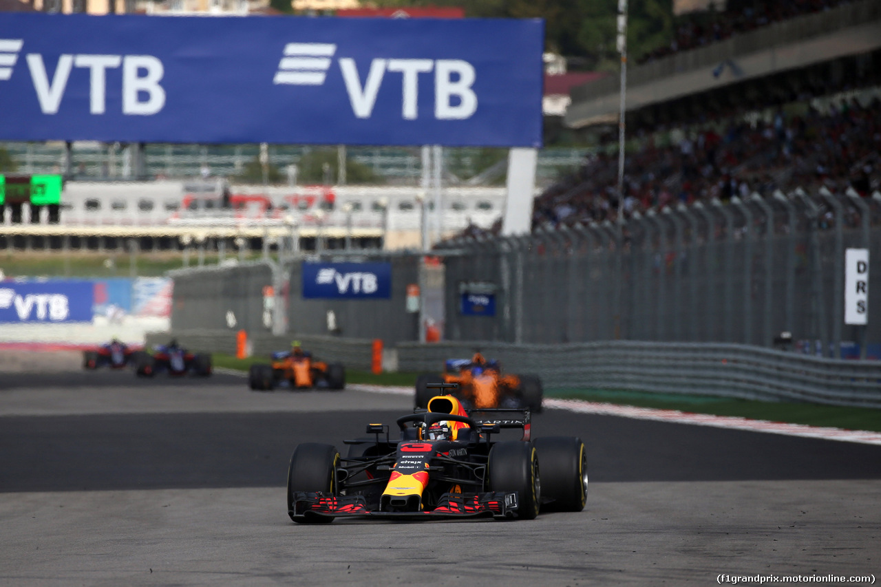 GP RUSSIA, 30.09.2018 - Gara, Daniel Ricciardo (AUS) Red Bull Racing RB14