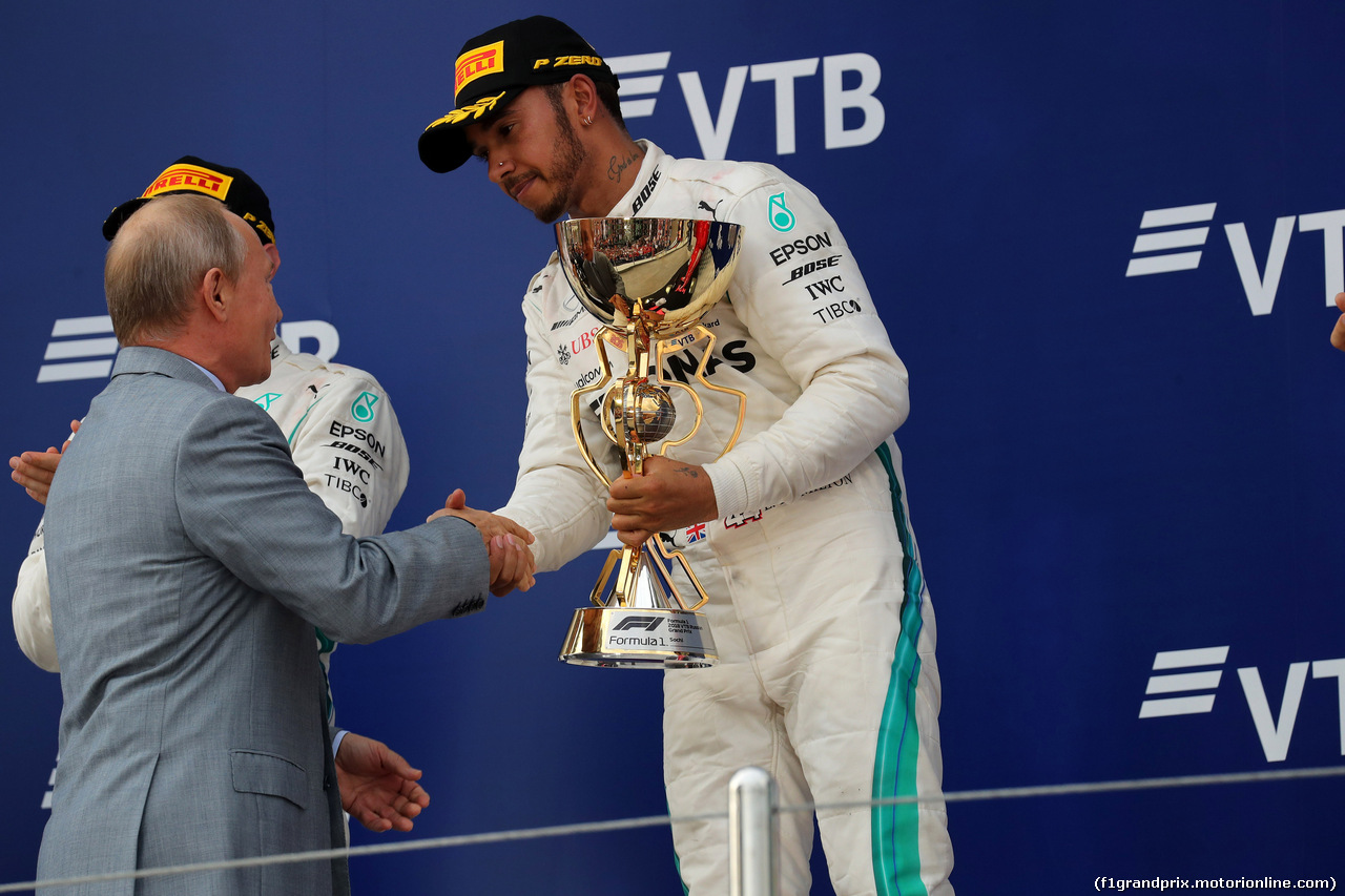 GP RUSSIA, 30.09.2018 - Gara, Lewis Hamilton (GBR) Mercedes AMG F1 W09 vincitore e Vladimir Putin (RUS) Russian President