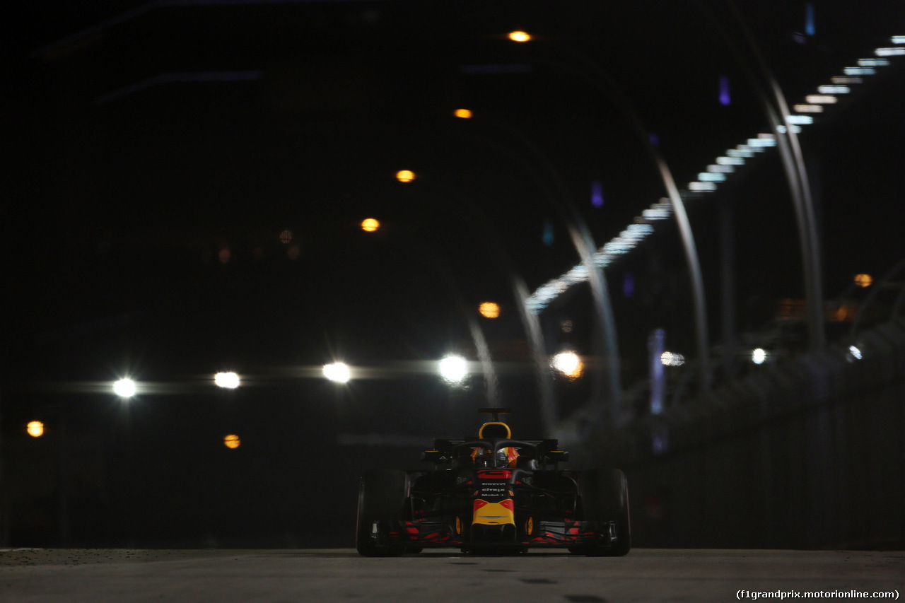 GP SINGAPORE, 16.09.2018 - Gara, Daniel Ricciardo (AUS) Red Bull Racing RB14