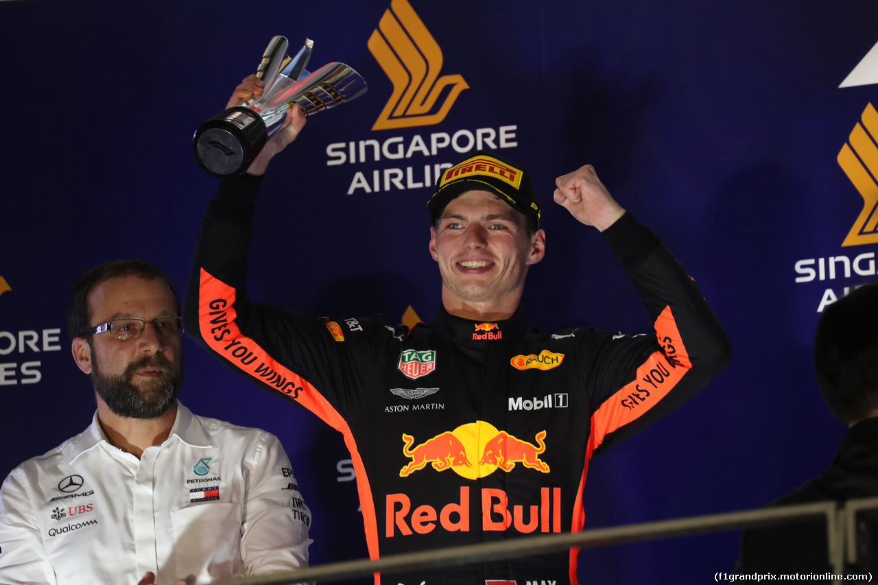 GP SINGAPORE, 16.09.2018 - Gara, 2nd place Max Verstappen (NED) Red Bull Racing RB14