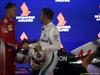 GP SINGAPORE, 16.09.2018 - Gara, 3rd place Sebastian Vettel (GER) Ferrari SF71H e Lewis Hamilton (GBR) Mercedes AMG F1 W09 vincitore