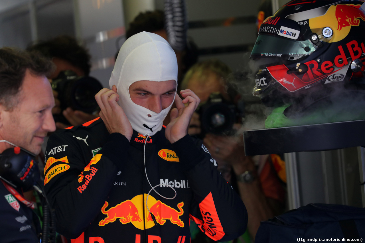 GP UNGHERIA, 29.07.2018 - Gara, Christian Horner (GBR), Red Bull Racing, Sporting Director e Max Verstappen (NED) Red Bull Racing RB14