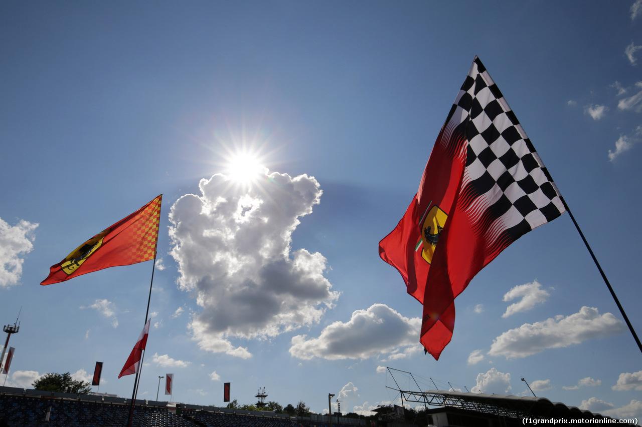 GP UNGHERIA, 26.07.2018 - Autograph session, Ferrari flags