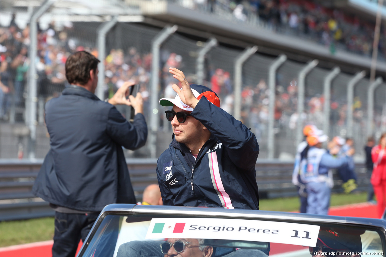 GP USA, 21.10.2018- driver parade,  Sergio Perez (MEX) Racing Point Force India F1 VJM11