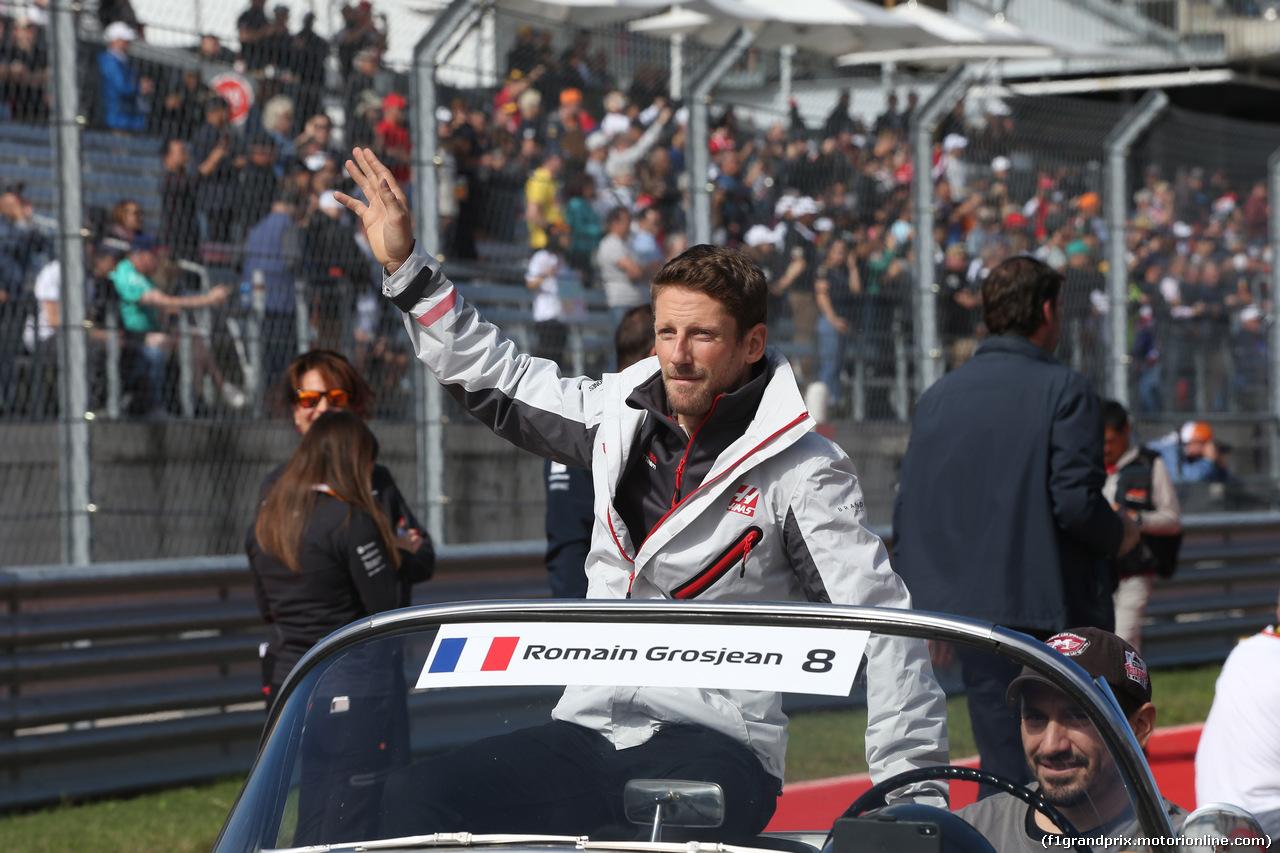 GP USA, 21.10.2018- driver parade, Romain Grosjean (FRA) Haas F1 Team VF-18