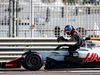 TEST F1 ABU DHABI 27 NOVEMBRE, Pietro Fittipaldi (BRA) Haas VF-18 Test Driver stops on the circuit. 27.11.2018.