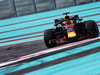 TEST F1 ABU DHABI 27 NOVEMBRE, Max Verstappen (NLD) Red Bull Racing RB14 runs wide. 27.11.2018.