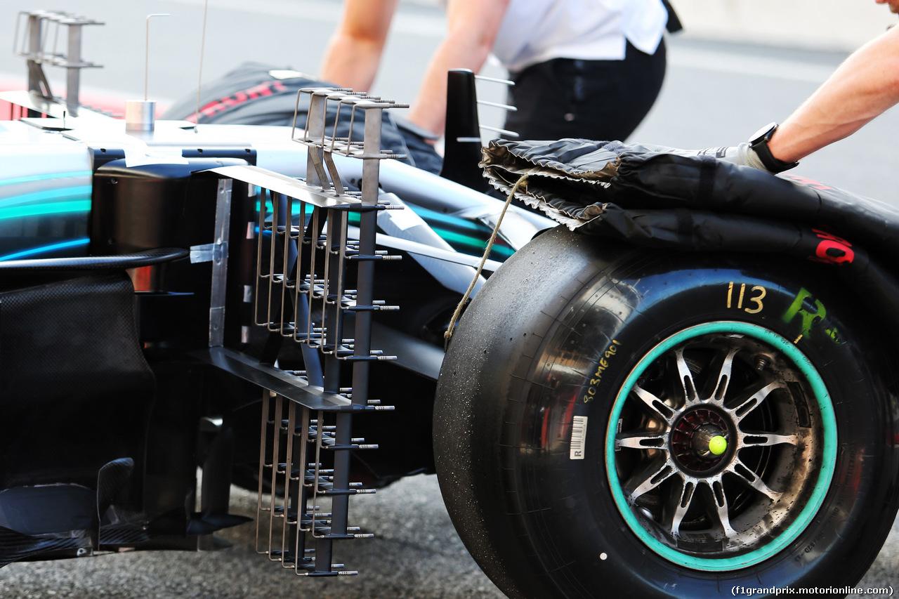 TEST F1 BARCELLONA 15 MAGGIO, Lewis Hamilton (GBR) Mercedes AMG F1 W09 front wheel sensor equipment. 15.05.2018.