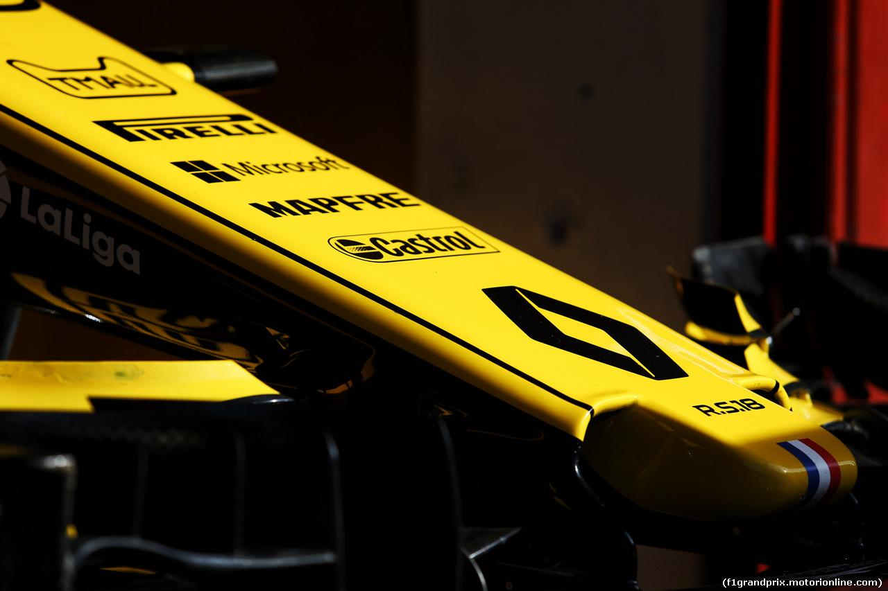 TEST F1 BARCELLONA 15 MAGGIO, Renault Sport F1 Team RS18 nosecone. 15.05.2018.