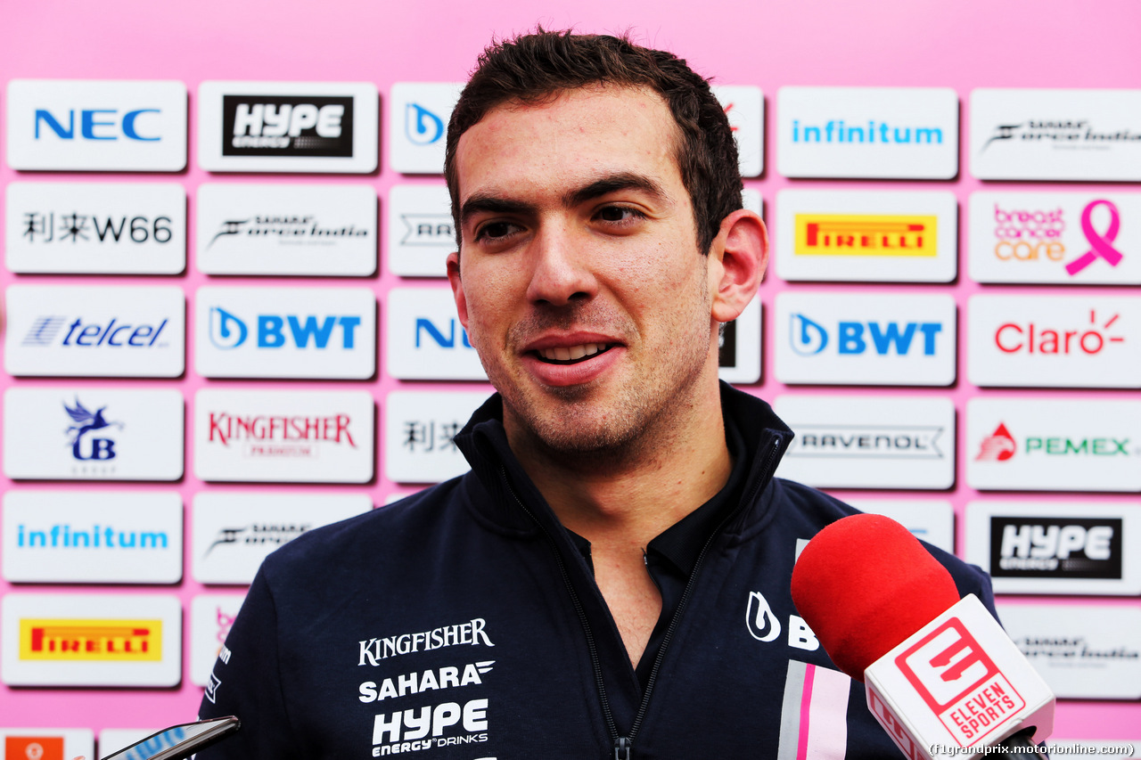 TEST F1 BARCELLONA 15 MAGGIO, Nicholas Latifi (CDN) Sahara Force India F1 Team Development Driver with the media. 15.05.2018.