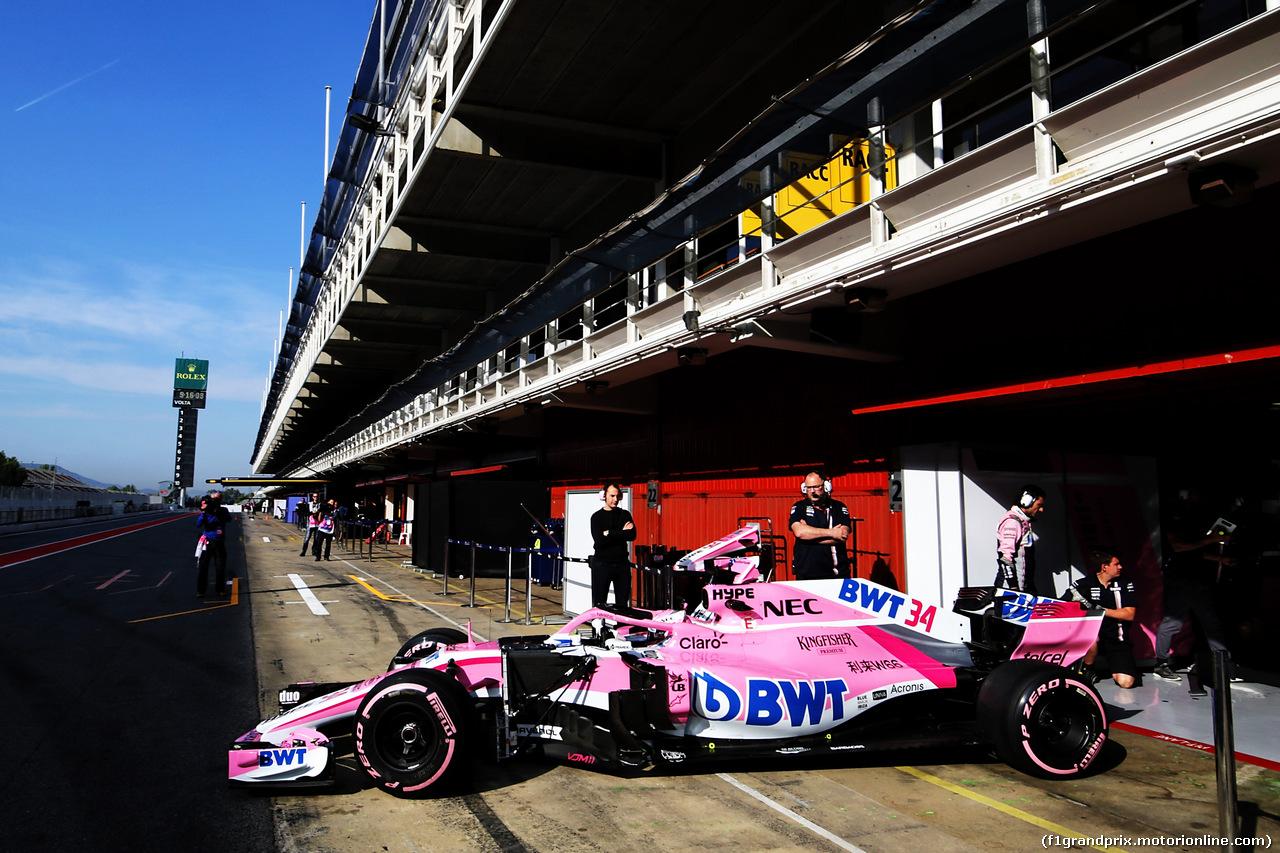 TEST F1 BARCELLONA 16 MAGGIO, Nicholas Latifi (CDN) Sahara Force India F1 VJM11 Development Driver leaves the pits. 16.05.2018.