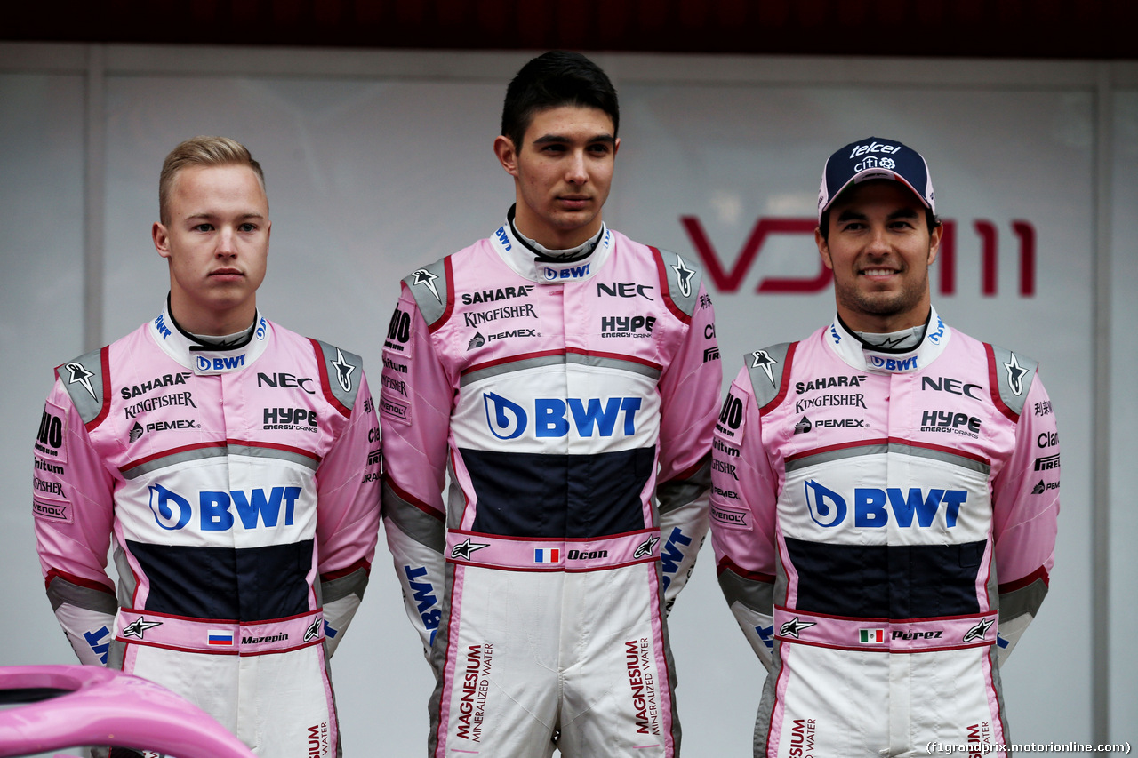 TEST F1 BARCELLONA 26 FEBBRAIO, (L to R): Nikita Mazepin (RUS) Sahara Force India F1 Team with Esteban Ocon (FRA) Sahara Force India F1 Team e Sergio Perez (MEX) Sahara Force India F1.  26.02.2018.