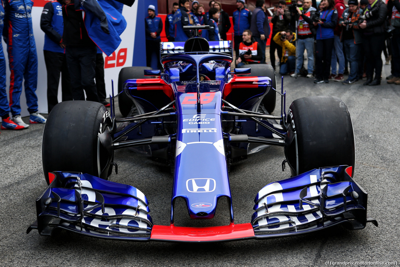TEST F1 BARCELLONA 26 FEBBRAIO, The Scuderia Toro Rosso STR13 is revealed. 26.02.2018.