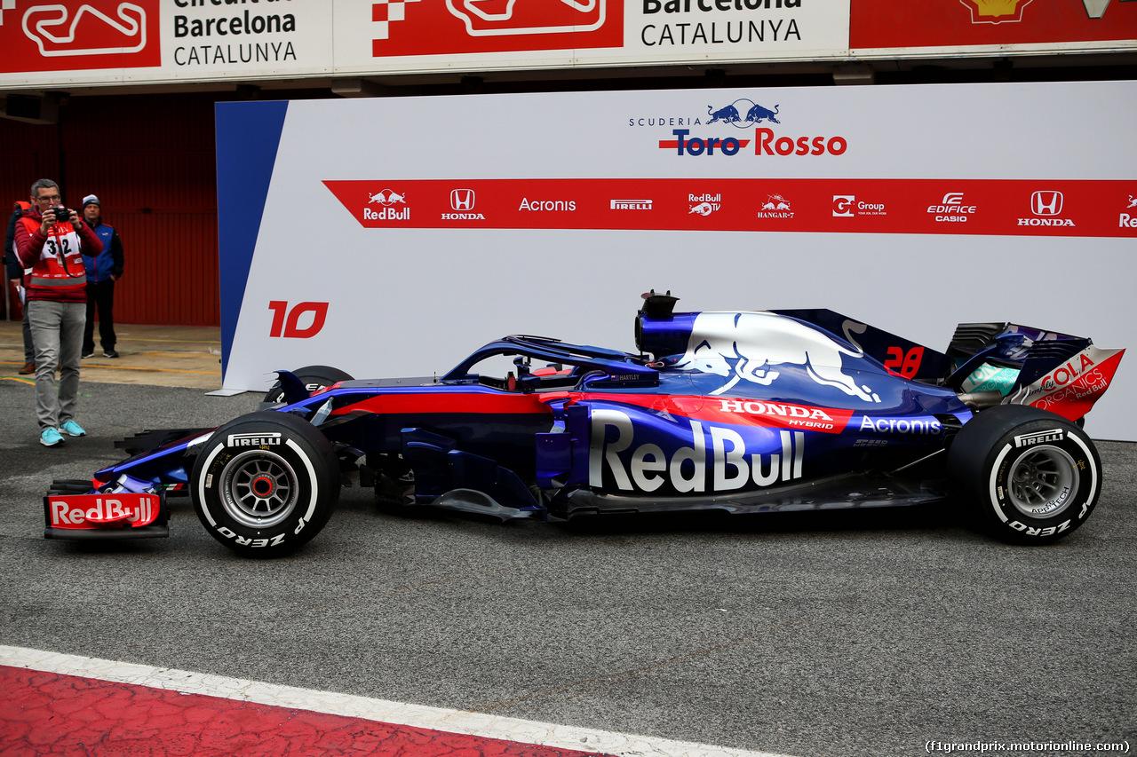 TEST F1 BARCELLONA 26 FEBBRAIO, The Scuderia Toro Rosso STR13 is revealed. 26.02.2018.