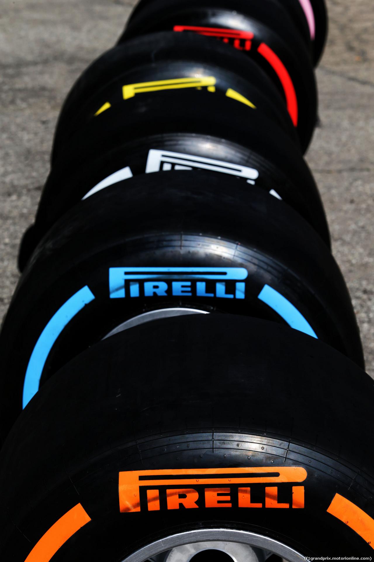 TEST F1 BARCELLONA 8 MARZO, Pirelli tyres. 07.03.2018.