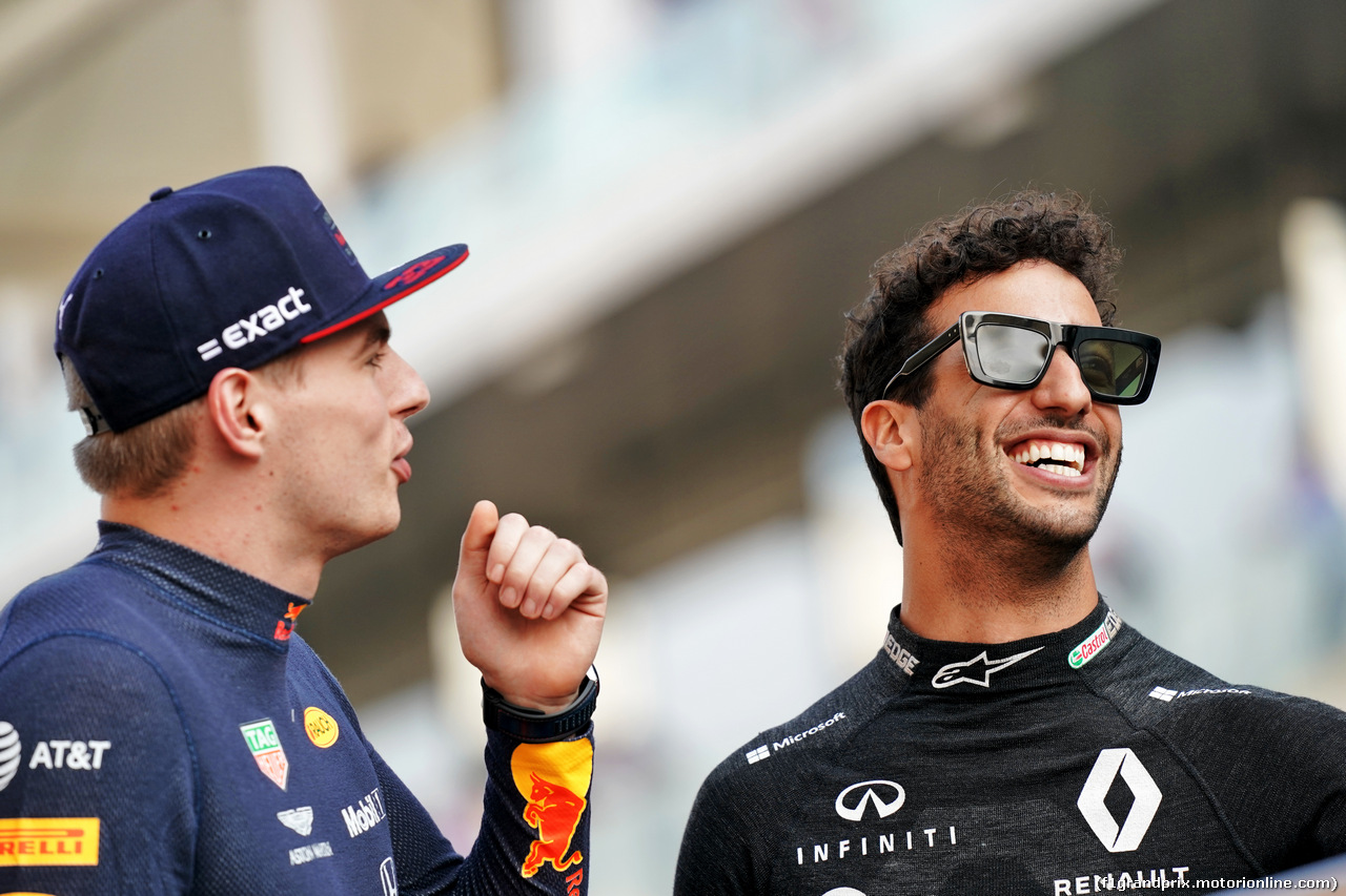 GP ABU DHABI, (L to R): Max Verstappen (NLD) Red Bull Racing with Daniel Ricciardo (AUS) Renault F1 Team on the drivers parade. 01.12.2019.