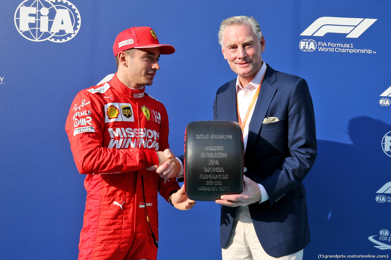 GP ABU DHABI, Charles Leclerc (MON) Ferrari with Sean Bratches (USA) Formula 1 Managing Director, Commercial Operations - Pirelli Pole Position Award. 01.12.2019.