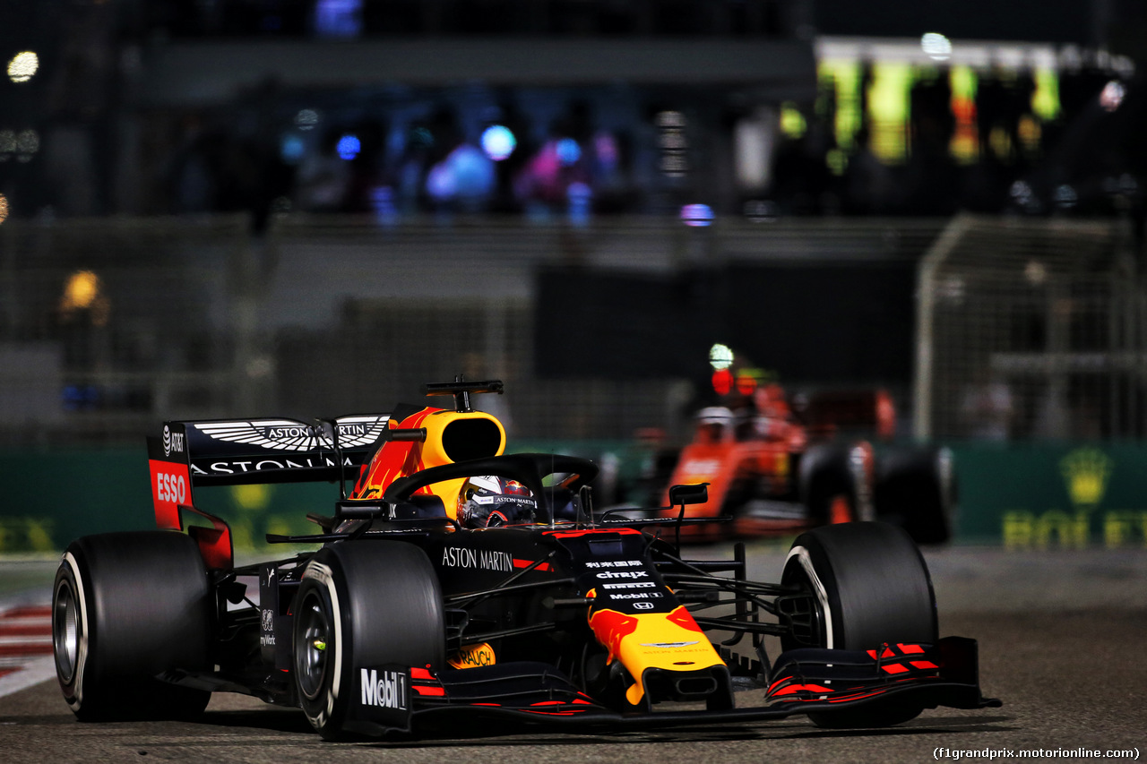 GP ABU DHABI, Max Verstappen (NLD) Red Bull Racing RB15. 01.12.2019.