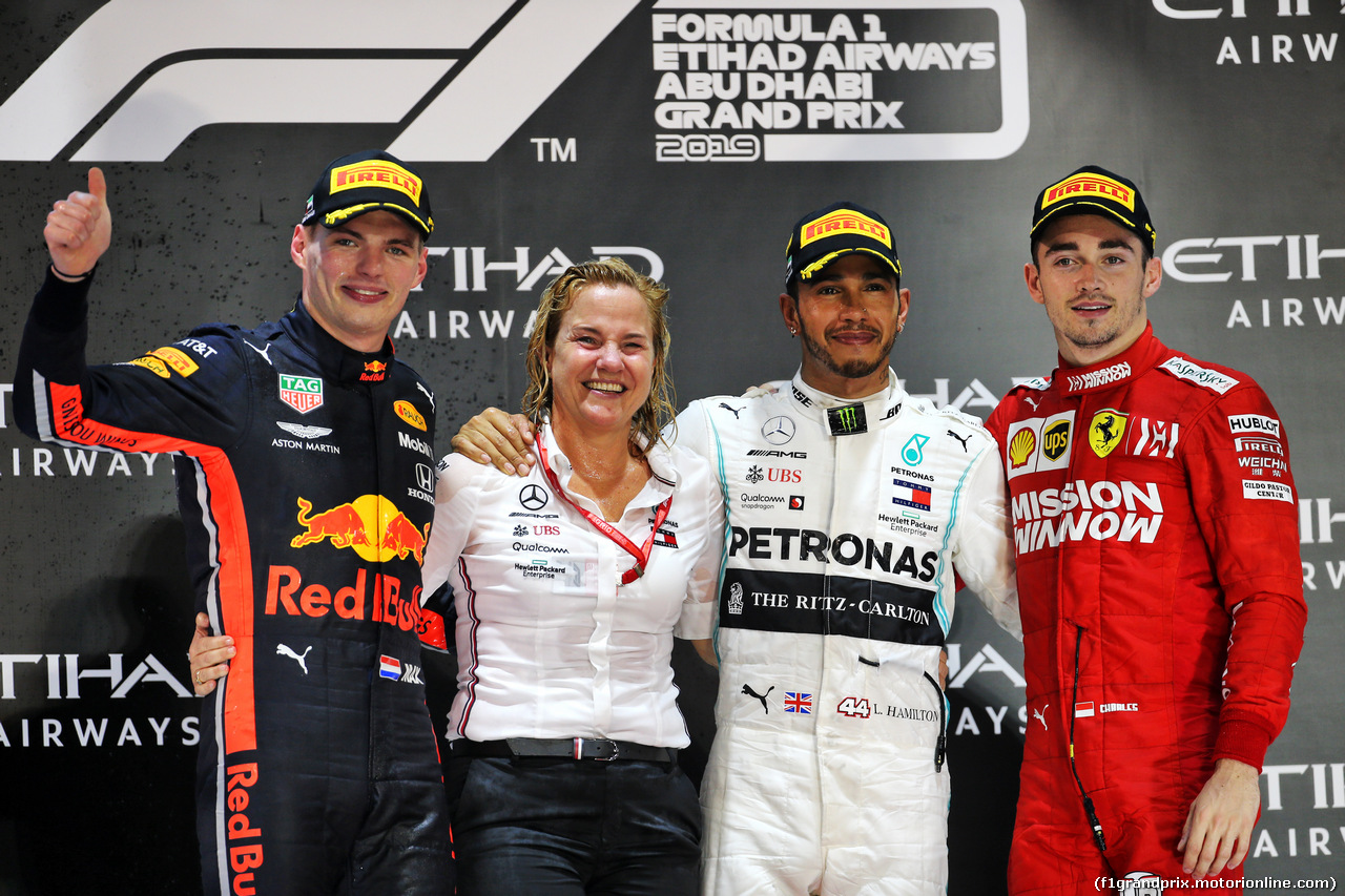 GP ABU DHABI, The podium (L to R): Max Verstappen (NLD) Red Bull Racing, second; Britta Seeger, Member of the Board of Management for Mercedes-Benz Cars Marketing e Sales; Lewis Hamilton (GBR) Mercedes AMG F1, vincitore; Charles Leclerc (MON) Ferrari, third. 01.12.2019.