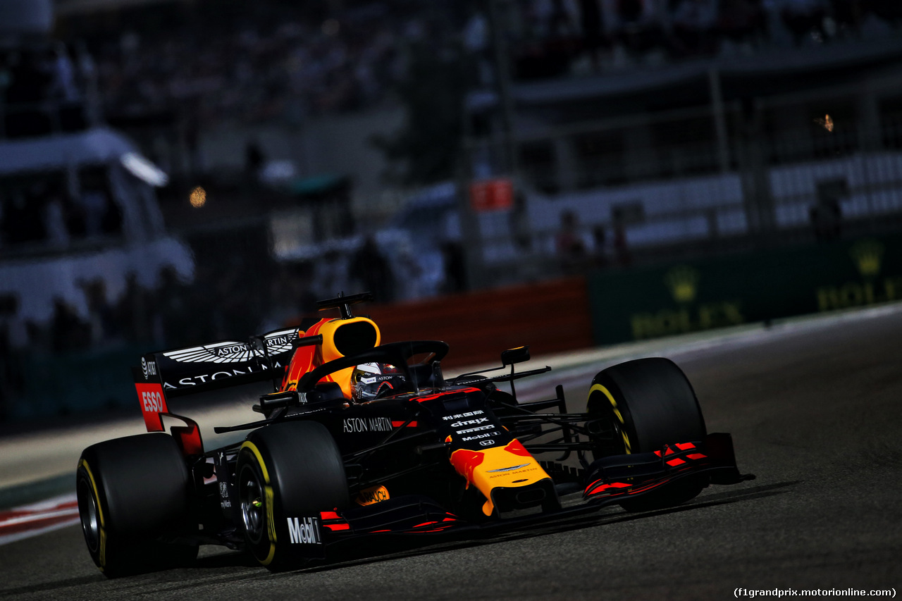 GP ABU DHABI, Max Verstappen (NLD) Red Bull Racing RB15. 01.12.2019.