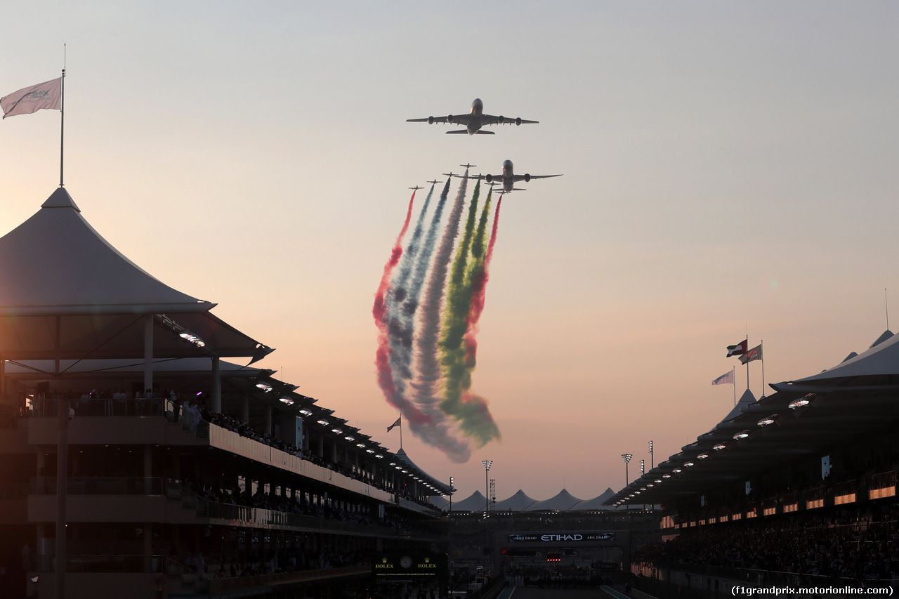 GP ABU DHABI, 01.12.2019 - Gara, Air display