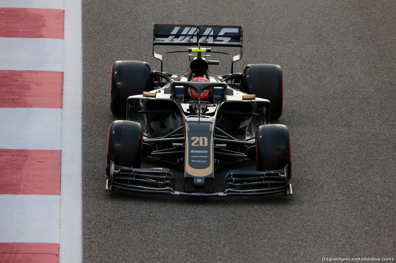 GP ABU DHABI, 30.11.2019 -  Kevin Magnussen (DEN) Haas F1 Team VF-19