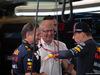 GP ABU DHABI, 30.11.2019 - Christian Horner (GBR), Red Bull Racing Team Principal, Helmut Marko (AUT), Red Bull Racing, Red Bull Advisor e Max Verstappen (NED) Red Bull Racing RB15
