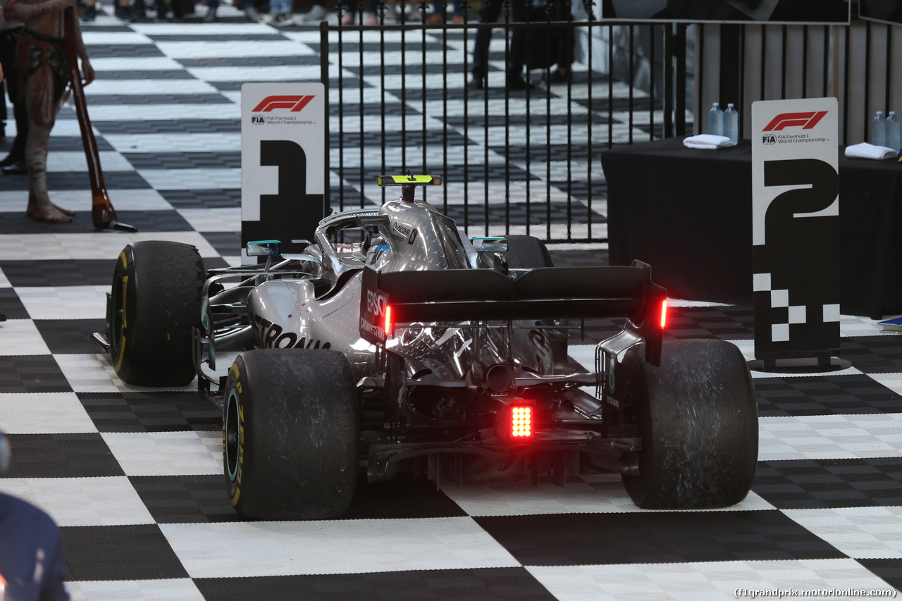 GP AUSTRALIA, 17.03.2019- Festeggiamenti in parc fermee,  Valtteri Bottas (FIN) Mercedes AMG F1 W10 EQ Power