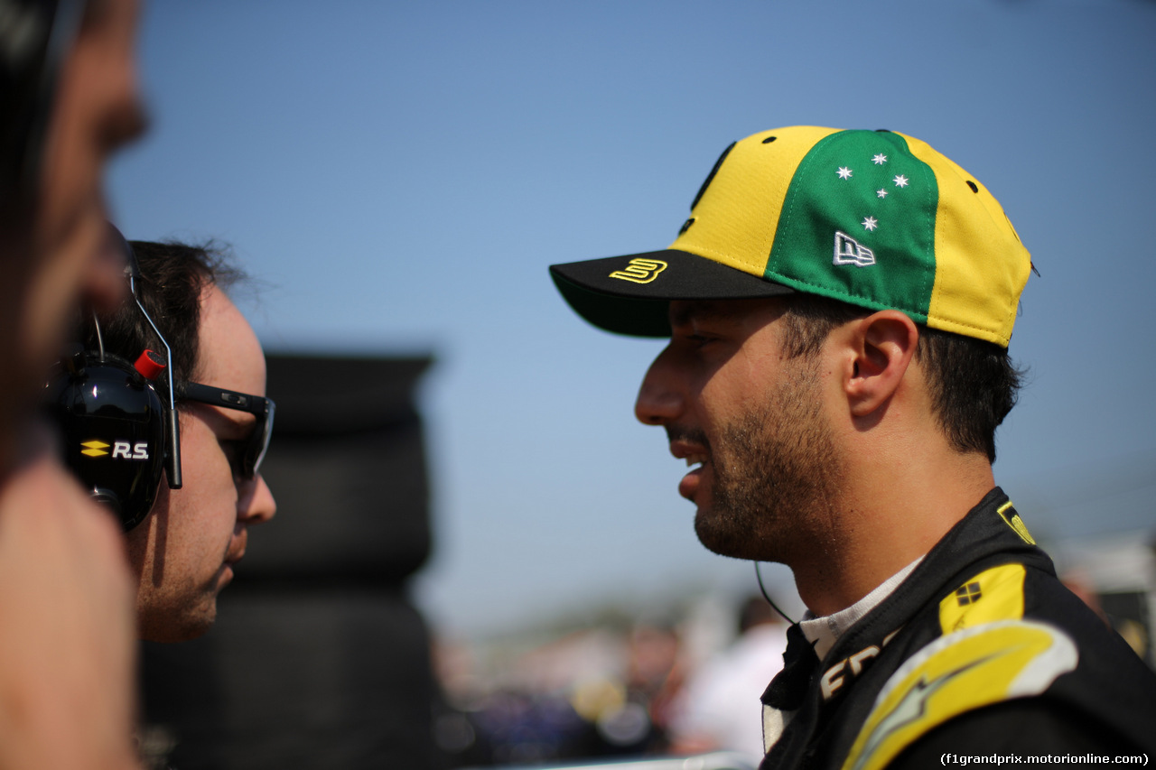 GP AUSTRALIA, 17.03.2019- grid  Daniel Ricciardo (AUS) Renault Sport F1 Team RS19