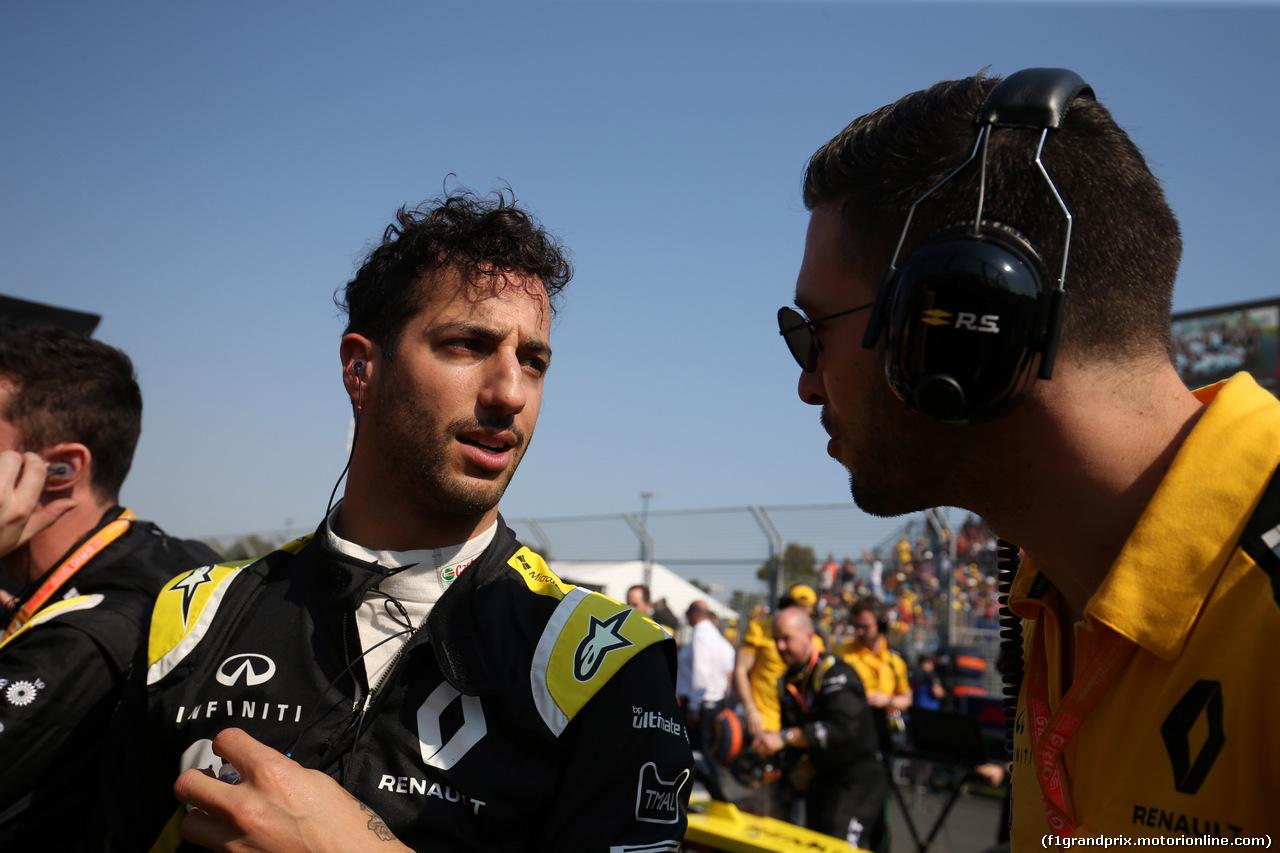 GP AUSTRALIA, 17.03.2019- grid, Daniel Ricciardo (AUS) Renault Sport F1 Team RS19