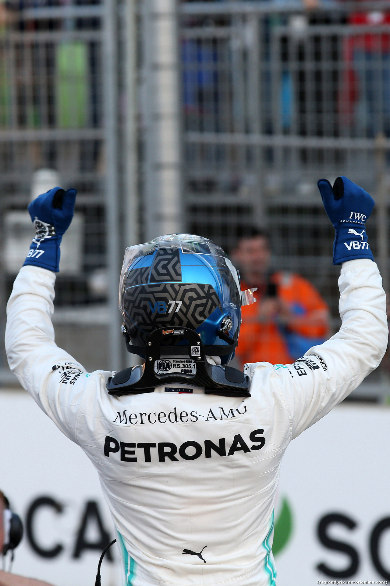 GP AZERBAIJAN, 27.04.2019 - Qualifiche, Valtteri Bottas (FIN) Mercedes AMG F1 W010 pole position
