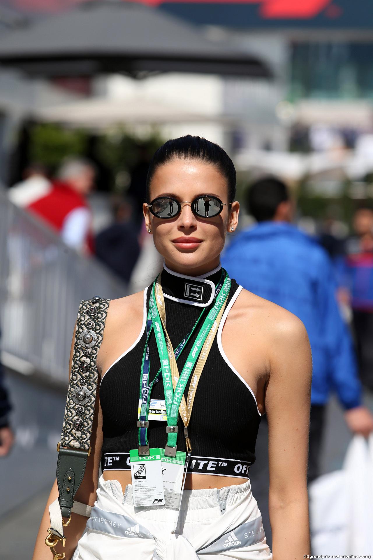 GP AZERBAIJAN, 28.04.2019 - Gara, Ragazza in the paddock