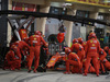 GP BAHRAIN, 31.03.2019- Gara, Sebastian Vettel (GER) Ferrari SF90 pit stop