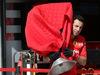 GP BAHRAIN, 28.03.2019- Ferrari mechanic  brings a covered part of the car