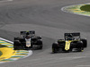 GP BRASILE, 17.11.2019 - Gara, Daniel Ricciardo (AUS) Renault Sport F1 Team RS19 e Kevin Magnussen (DEN) Haas F1 Team VF-19
