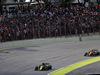 GP BRASILE, 17.11.2019 - Gara, Daniel Ricciardo (AUS) Renault Sport F1 Team RS19 e Lando Norris (GBR) Mclaren F1 Team MCL34